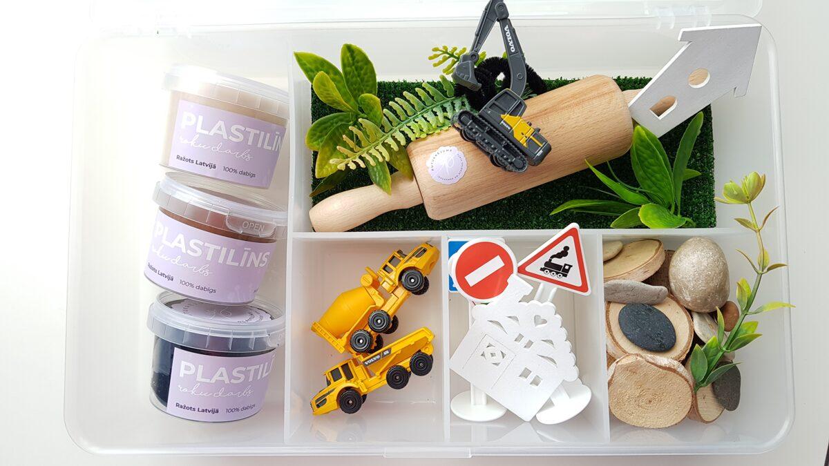 JAUNUMS - CEĻA BŪVE - Plastilīna (playdough) komplekts bērna radošās, sensorās un iztēles attīstībai