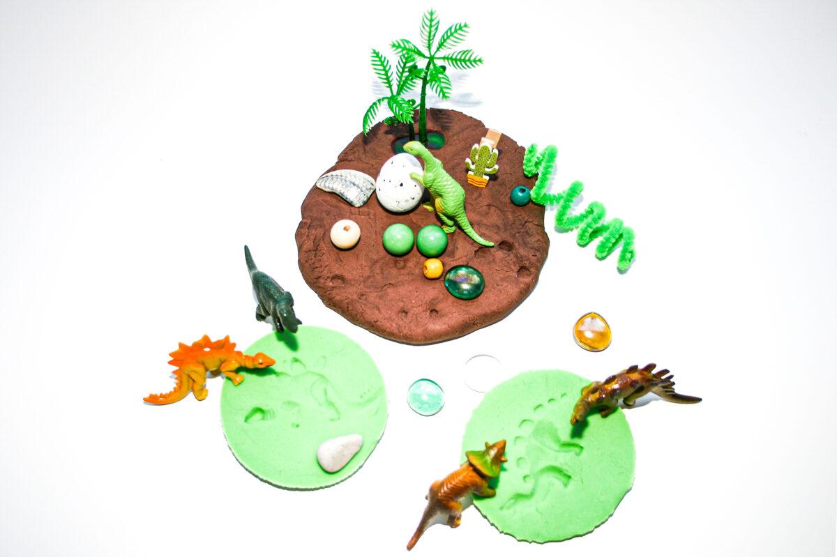 Plastilīna (playdough) komplekts bērna radošās, sensorās un iztēles attīstībai - DINO