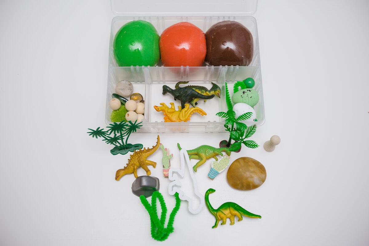 DINO - Plastilīna (playdough) komplekts bērna radošās, sensorās un iztēles attīstībai